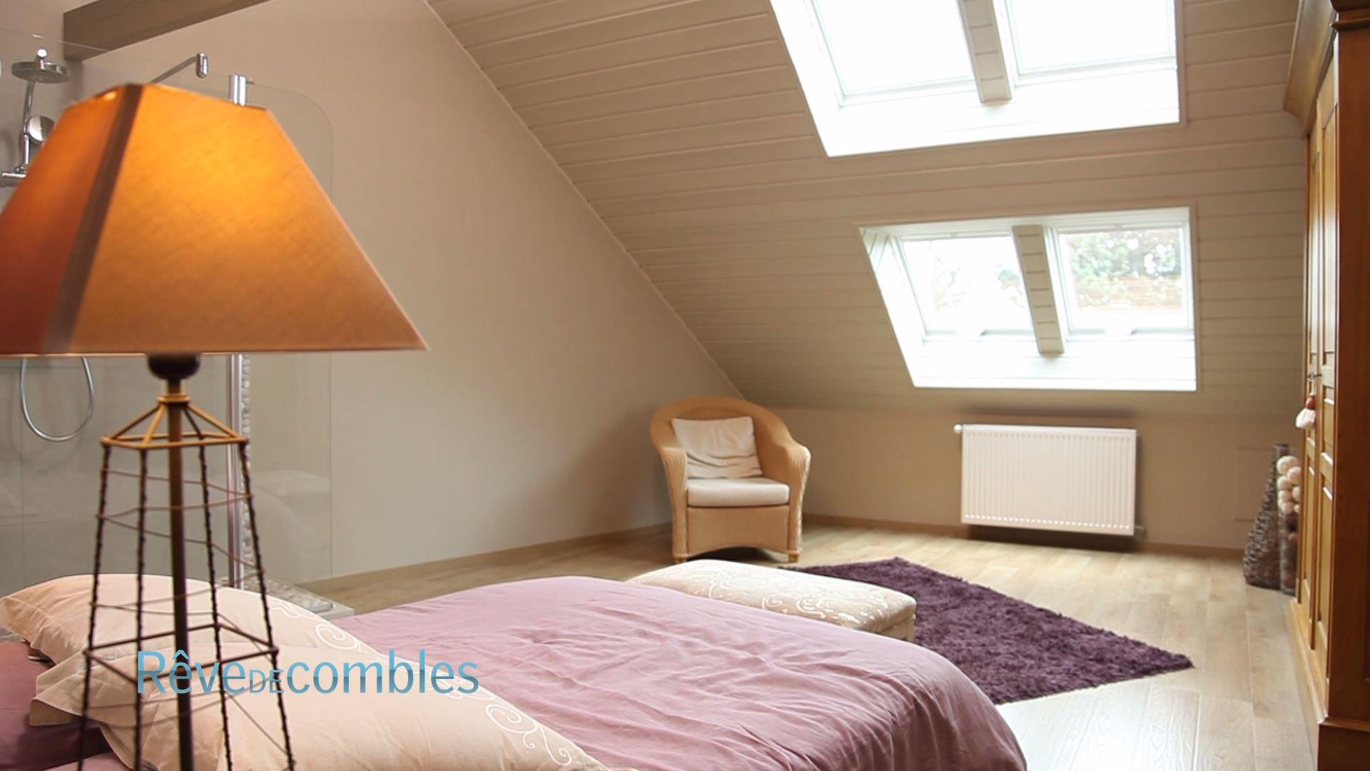 Deco Chambre Lambris Bois lambris et tapisserie - rêve de combles