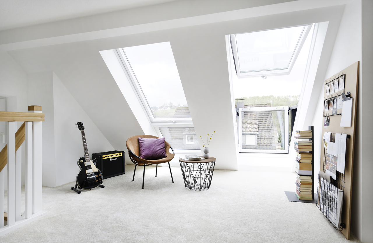 quel type d ouverture pour une fen tre de toit r ve de combles. Black Bedroom Furniture Sets. Home Design Ideas