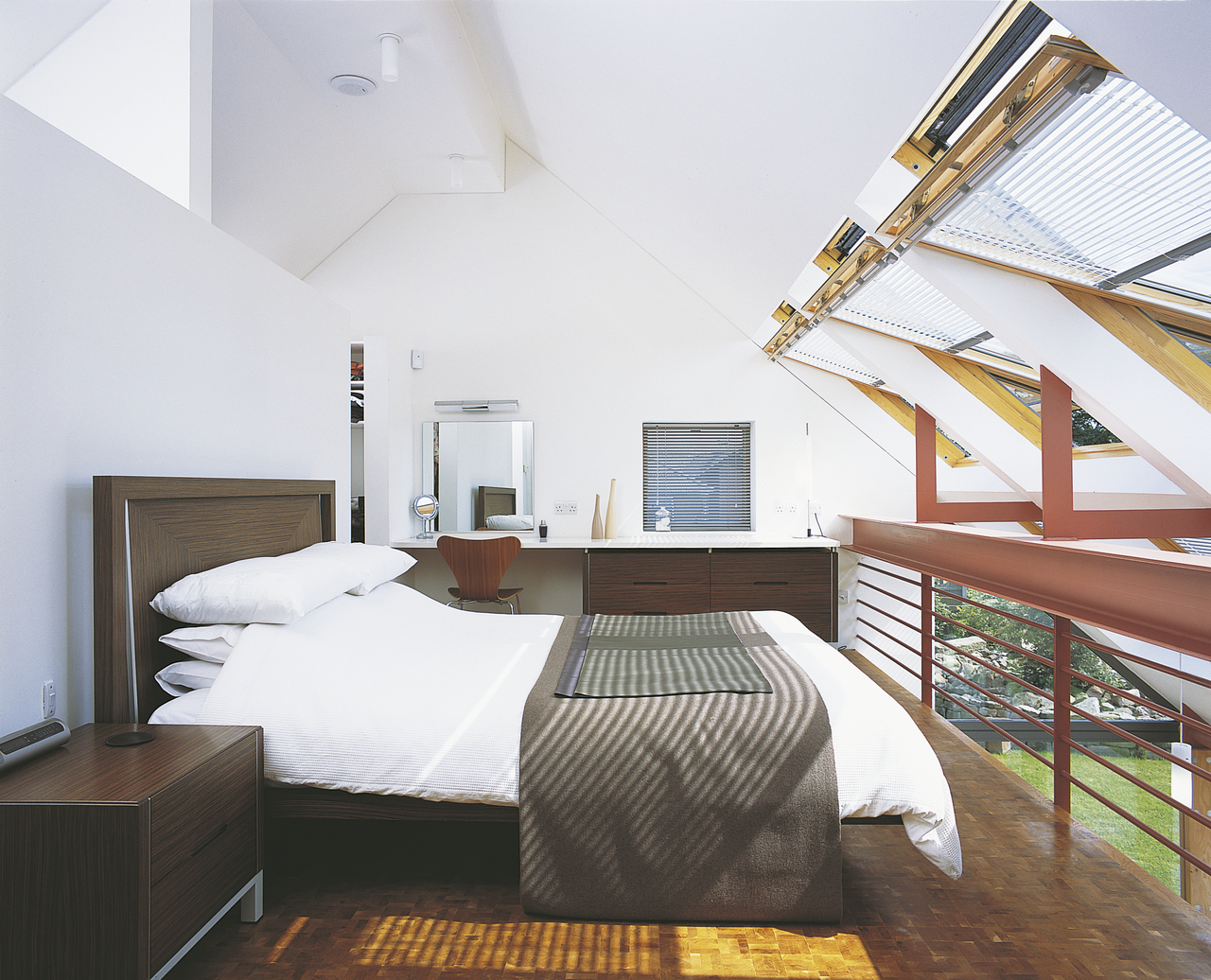 4 am nagements insolites dans les combles r ve de combles. Black Bedroom Furniture Sets. Home Design Ideas
