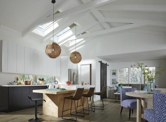 amenagement-cuisine-lumiere-combles-optimiser-espaces-meubles