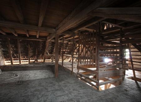 escalier-pentu-combles-solutions