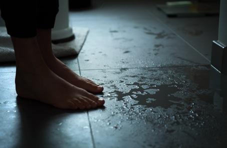 fuites-combles-humidité-problèmes-solutions