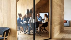 amenager-bureau-30m2-espace-coworking-travail-sous-combles